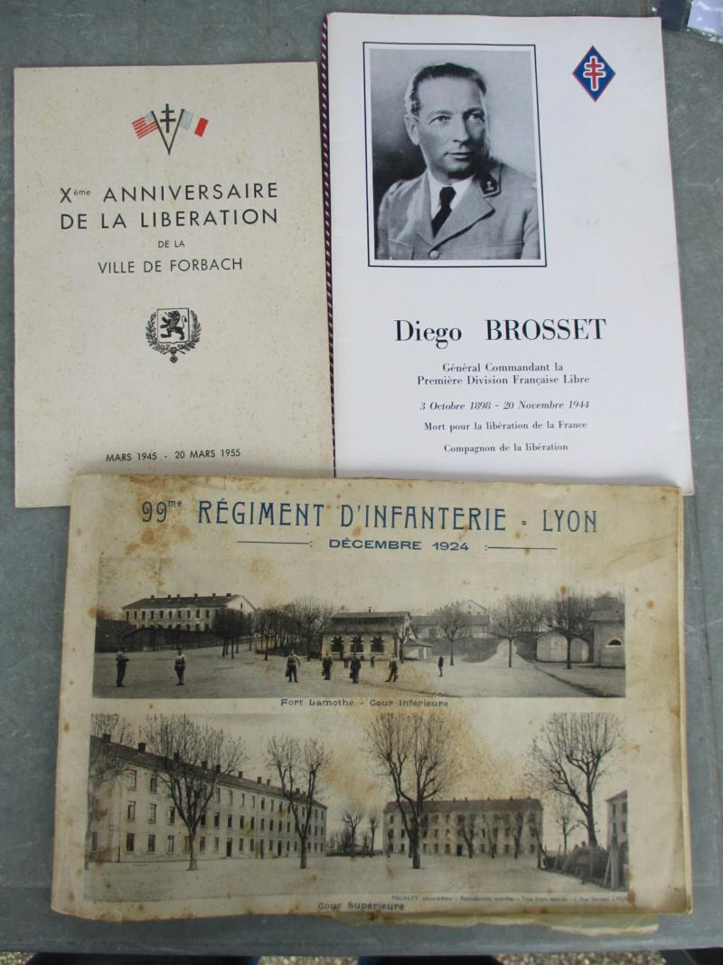 D'hier et d'aujourd'hui : insignes, médailles, papiers ... Img_8017