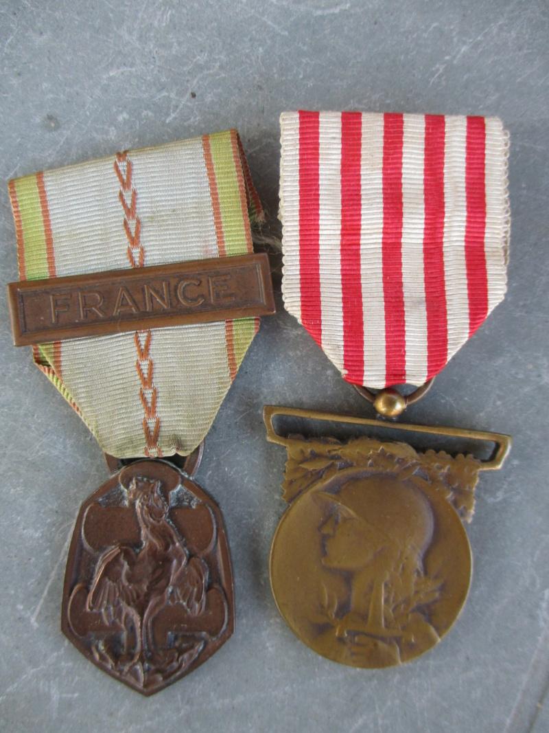Beau lot de médailles chez le particulier Img_9317