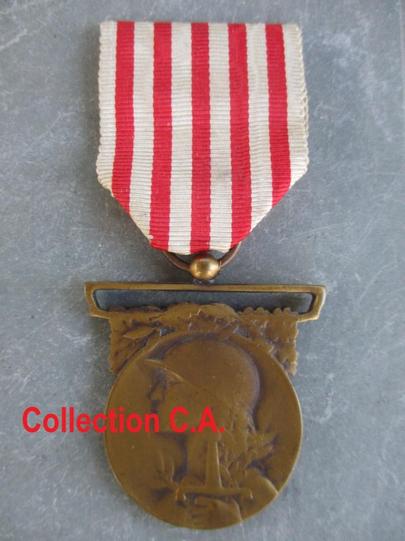 Beau lot de médailles chez le particulier Img_9324