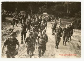 Camp général de Gaulle au Gabon Pau_ga11