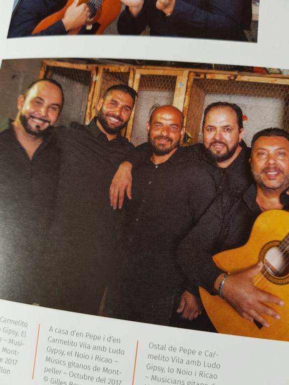 Magnifique livre    Les musiciens Gitans de la Rumba     en Librairie  20190311