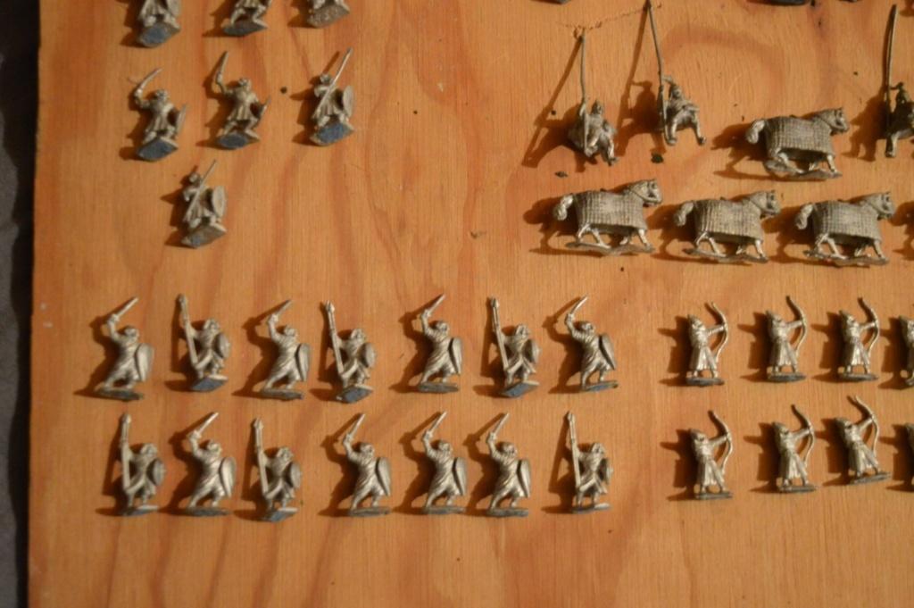 A vendre, bradé ! Armée musulmane 12ème-13ème siècle, 15 mm Dsc_0087
