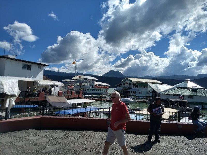 Valle de Bravo, Mexico Img_2015