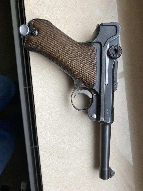 Luger p08 F237e910