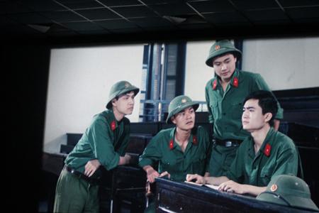 """""""Mùi cỏ cháy"""" - bộ phim được chuyển thể từ cuốn nhật ký của liệt sĩ Nguyễn Văn Thạc Co10"""