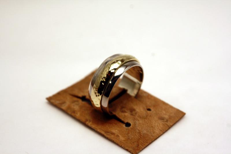 Anneau dans l'anneau. Img_4210