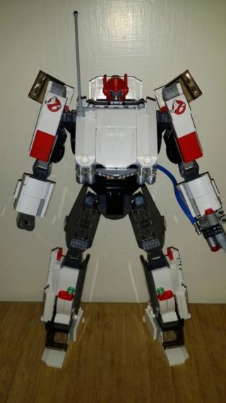 Jouets Transformers Crossover (Croisement) transformable ― Marvel, Star Wars, Street Fighter, Disney, Playstation, Montre, Téléphone, Tablette, etc - Page 7 2zrpk811
