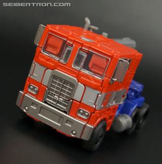 Studio Series - Nouvelle ligne de jouets sur les Films TF - Page 17 R_evas10