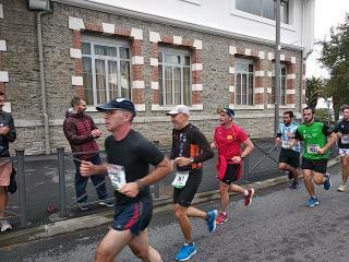 28 oct.SAINT JEAN DE LUZ1/2 Marathon DHL 15407315
