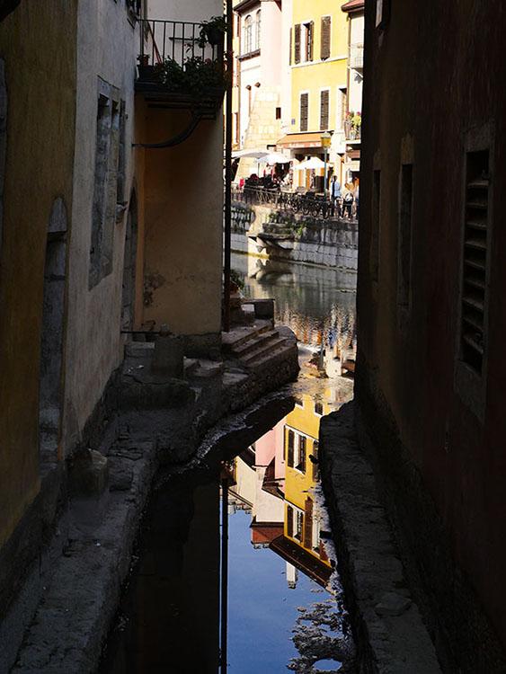 Le vieil Annecy à pieds presque secs Vieill13