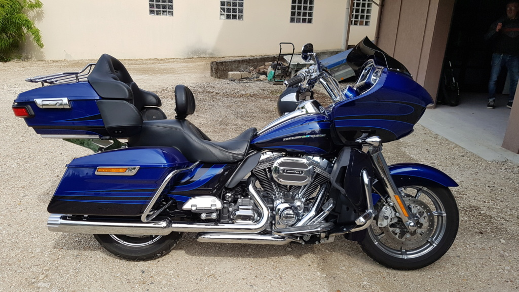 Road Glide Ultra CVO 2015 - Page 2 20180810
