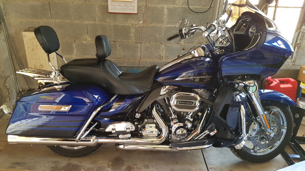 Road Glide Ultra CVO 2015 - Page 2 20180811
