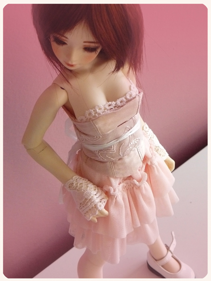 Vente magnifiques vêtements Unoa (Mio Veraker, Amaeta, ...) Lola_e11