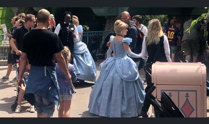 Collection des bourdes de Disneyland Paris - Page 9 Cendri12