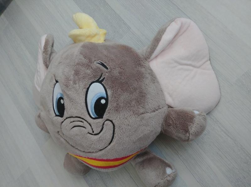 [Recherche - Vente] Le Coin des Peluches Disney ! (TOPIC UNIQUE) - Page 16 Dumbo_10