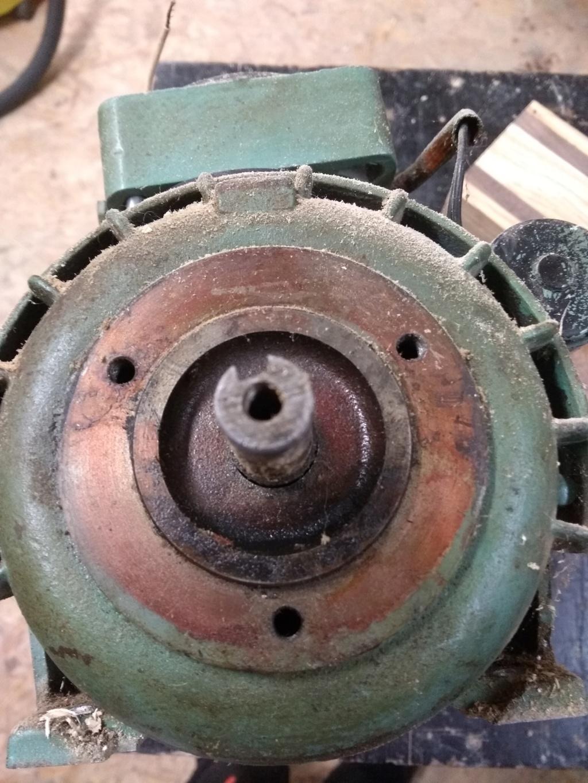 Besoin d'un conseil pour acheter un moteur électrique Img_2011