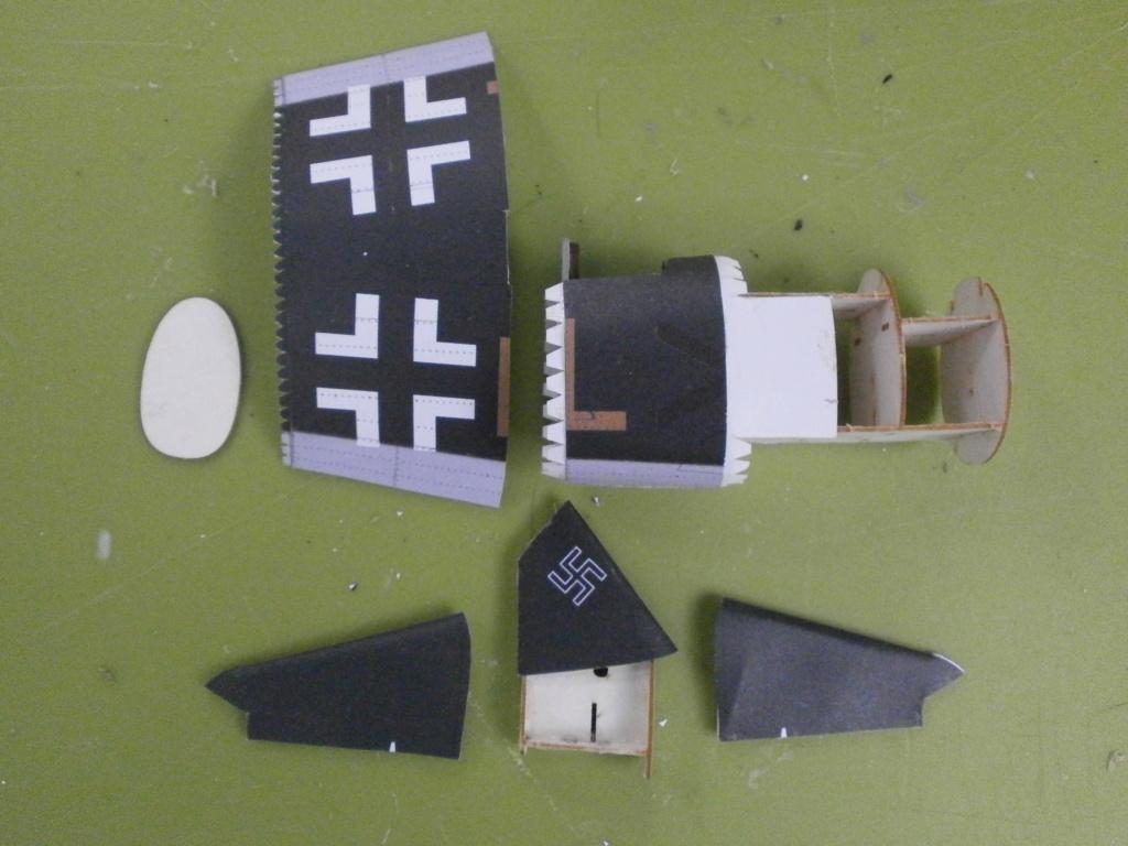 HENSCHEL Hs-123 A-1 de MODELIK au 1/33 1213