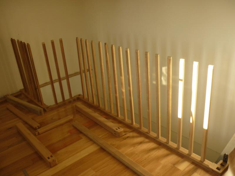 Escalier pour monter en bas P1080123