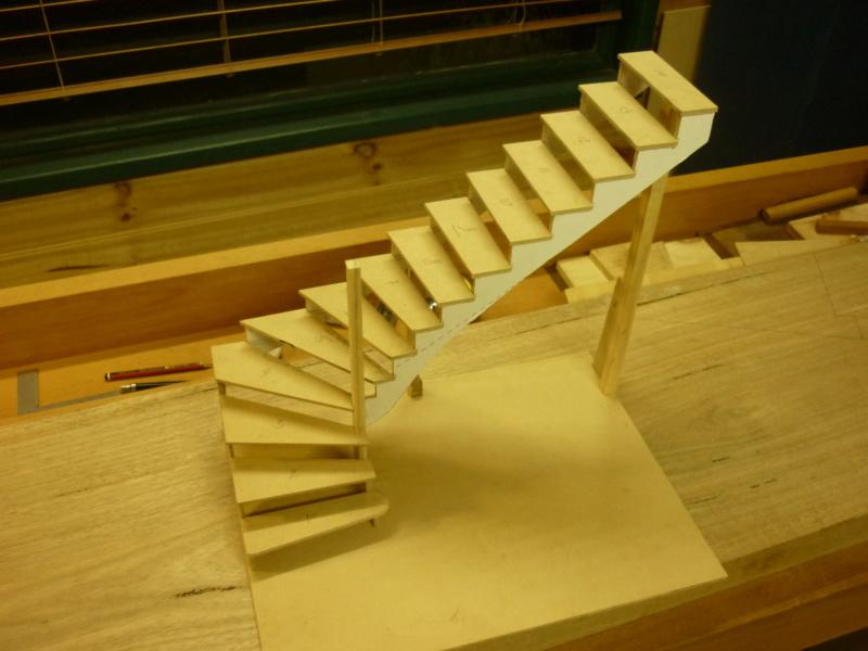 Escalier pour monter en bas P1080125