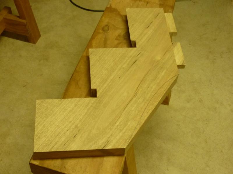 Escalier pour monter en bas P1080129