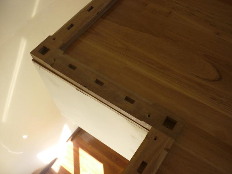 Escalier pour monter en bas P1080134