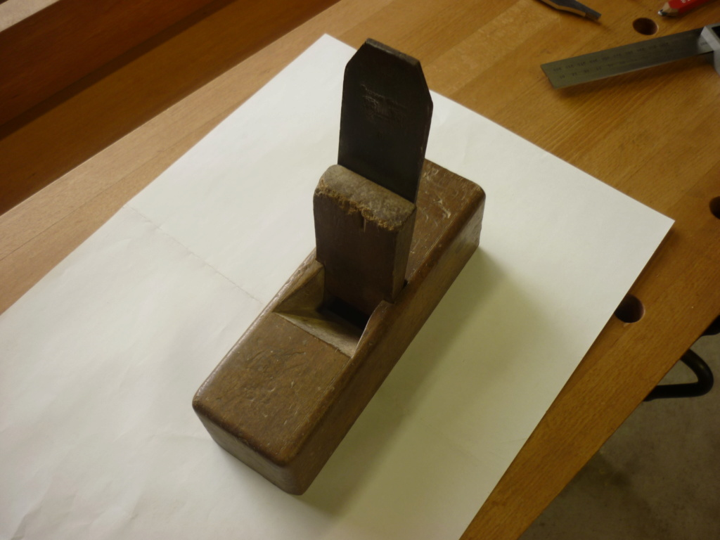 Restauration de rabots en bois. P1080138