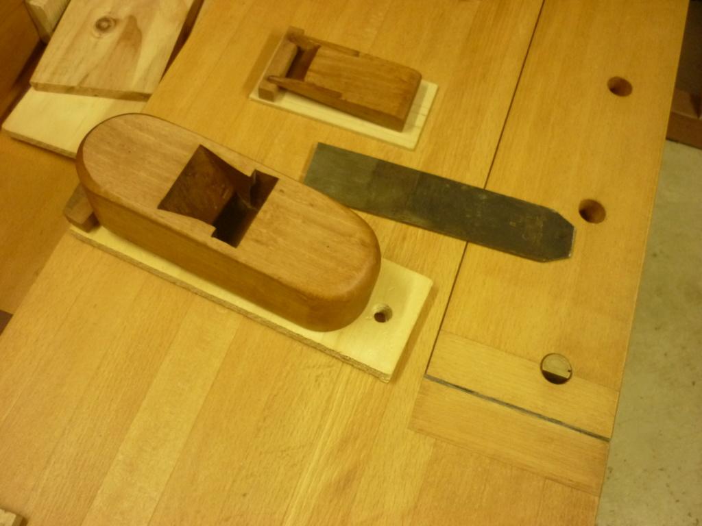 Restauration de rabots en bois. P1080143