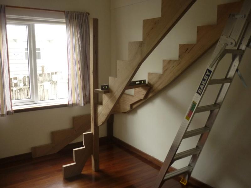 Escalier pour monter en bas - Page 2 P1080242