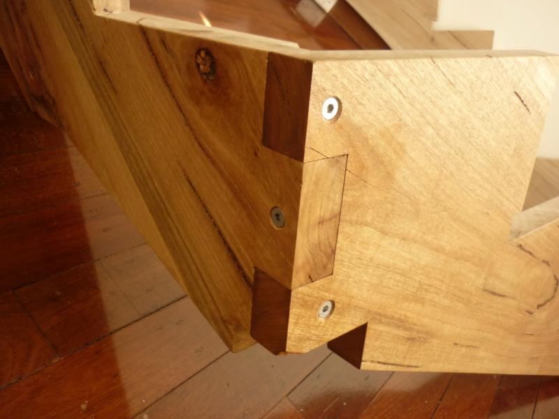 Escalier pour monter en bas - Page 2 P1080311
