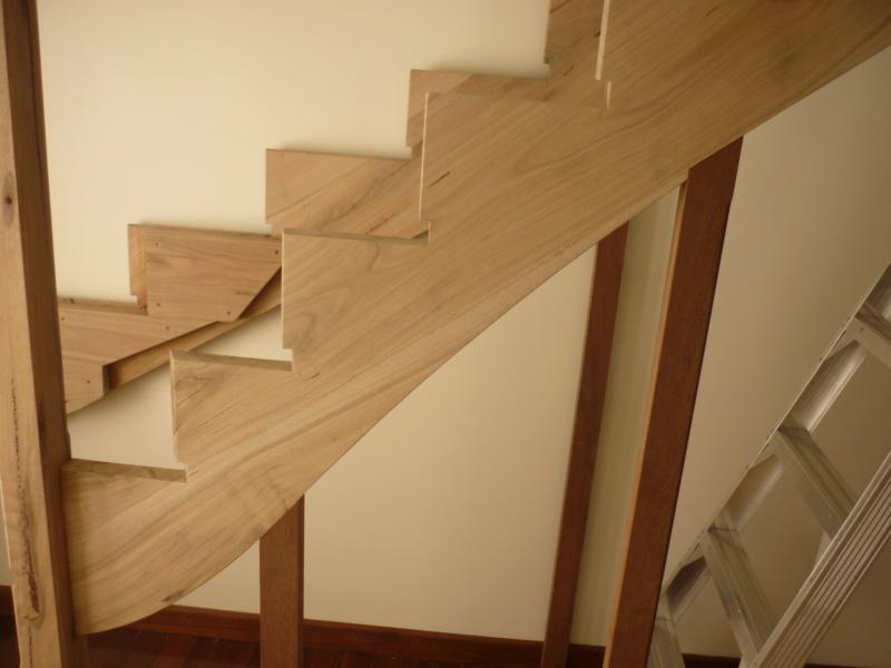 Escalier pour monter en bas - Page 2 P1080315