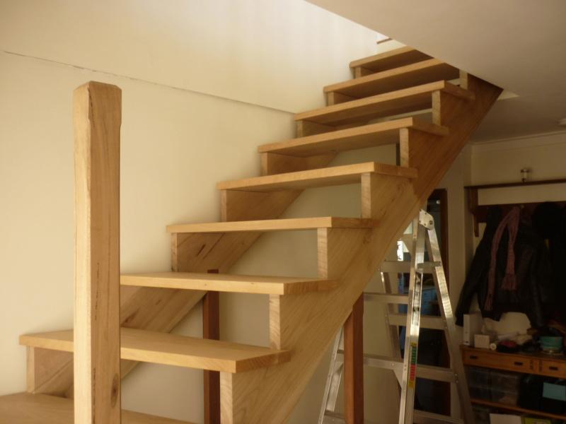 Escalier pour monter en bas - Page 2 P1080329
