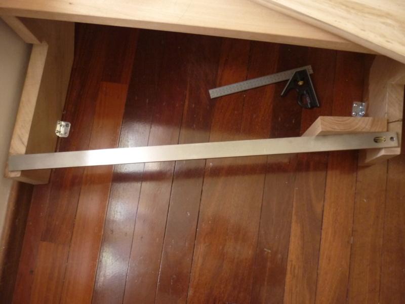 Escalier pour monter en bas - Page 3 P1080419