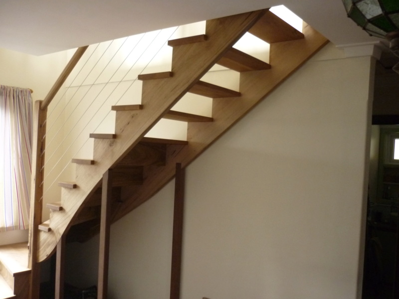 Escalier pour monter en bas - Page 3 P1080521