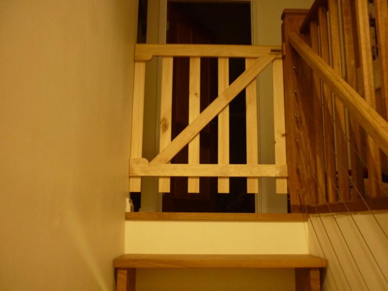 Escalier pour monter en bas - Page 3 P1080527