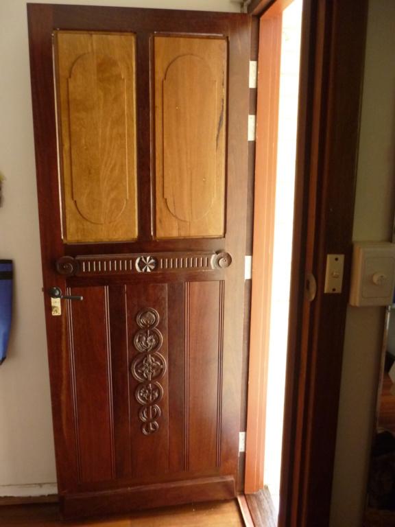 Porte d'entrée  P1080628