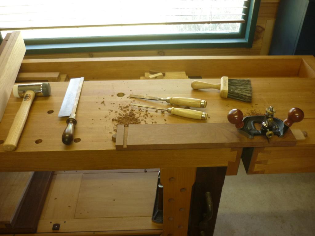 Un bureau de bric et de broc. - Page 2 P1090519