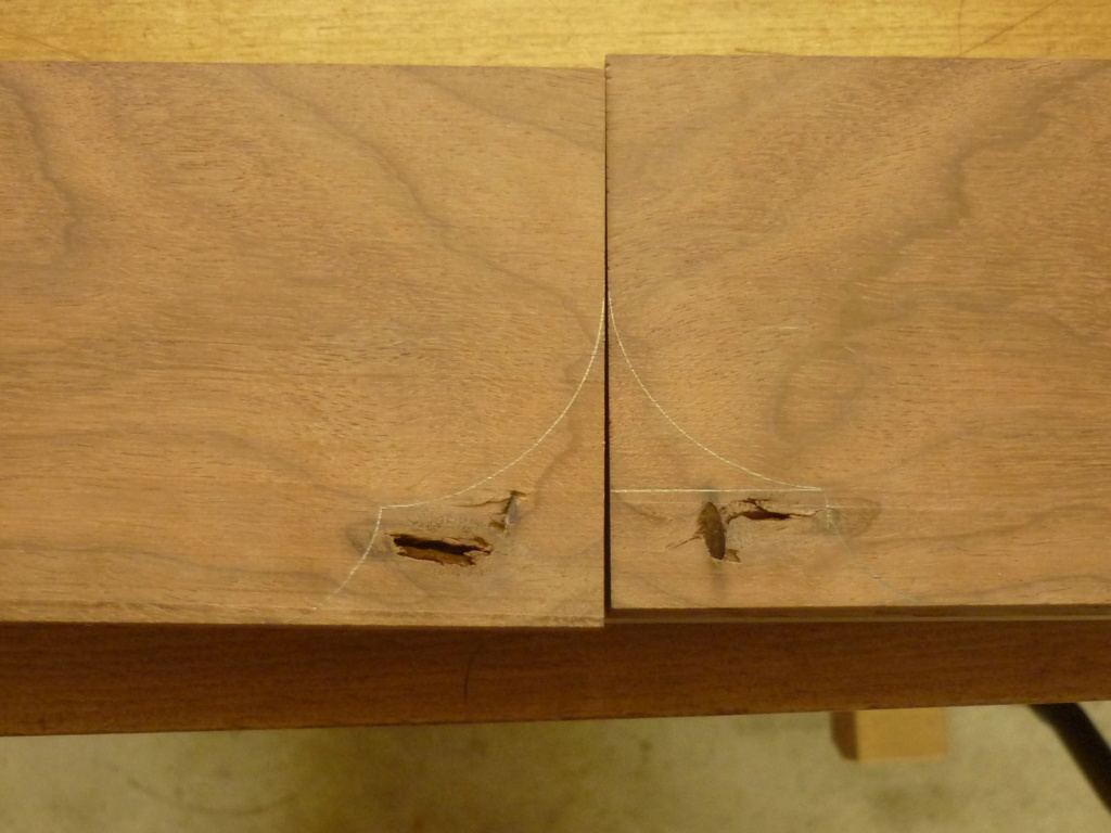 Un bureau de bric et de broc. - Page 2 P1090531