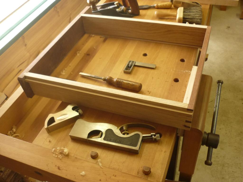 Un bureau de bric et de broc. - Page 2 P1090542