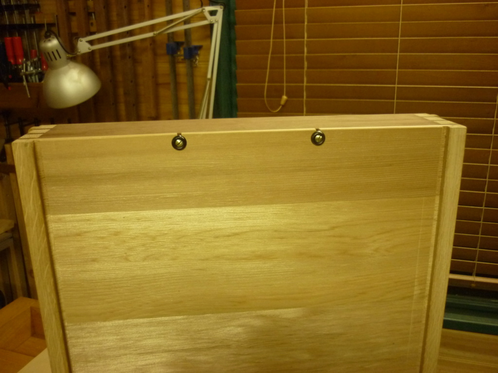 Un bureau de bric et de broc. - Page 2 P1090552