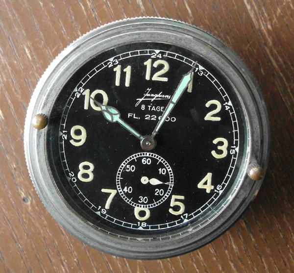 Help pour un compteur ni USAAF ni RAF 08101210
