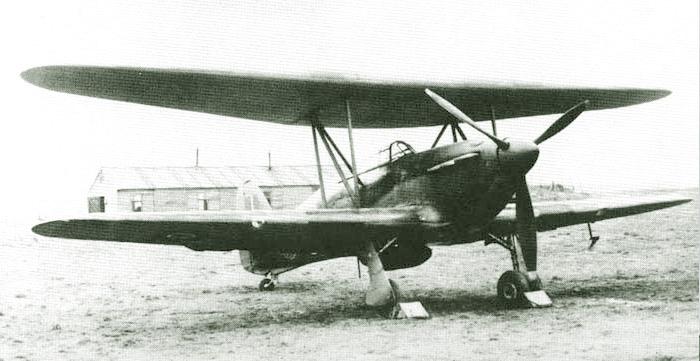 Hurricane Biplan Tensto11