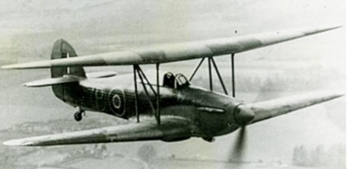 Hurricane Biplan Tensto12
