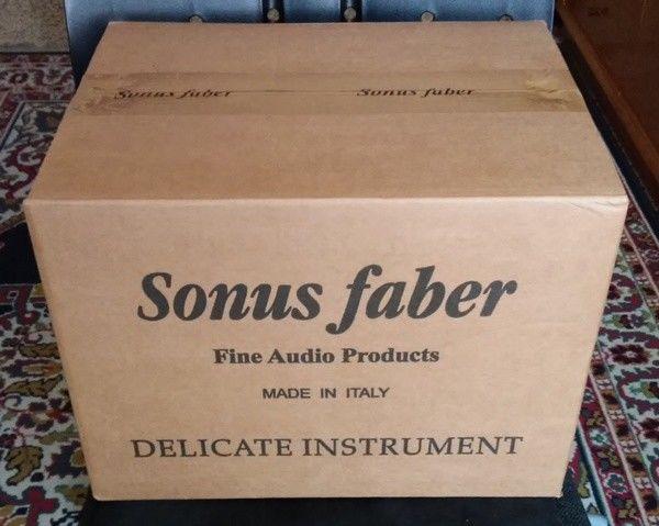 (RM) Sonus Faber Toy laccate black S-l16010