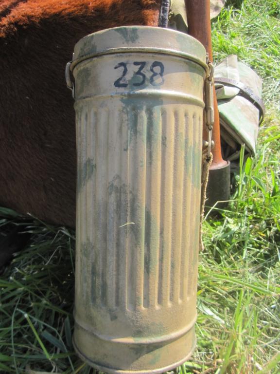 Restauration boitier Masque à gaz --> camouflage Img_5724