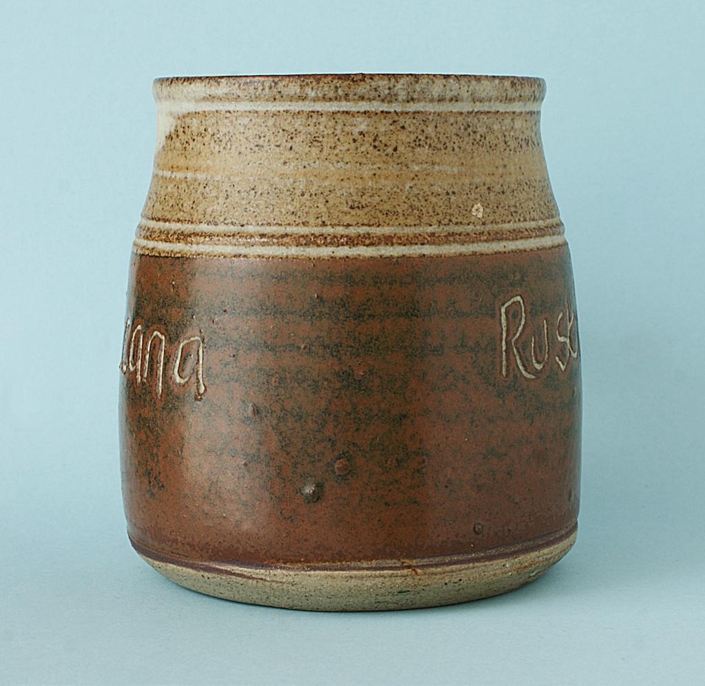 Pottery Mug - Rusticana - Signed. Dsc04016