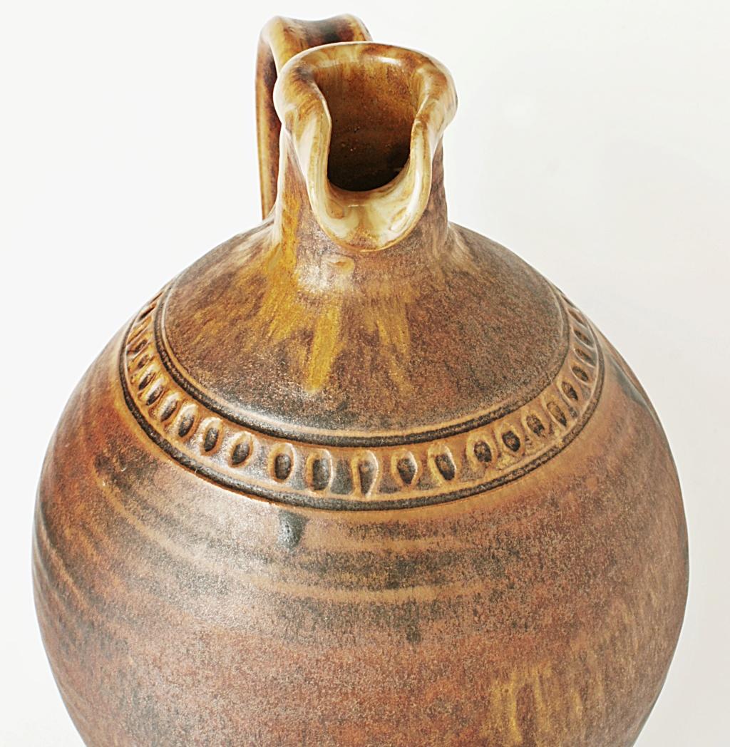 Rustic Pottery Ewer Dsc04114