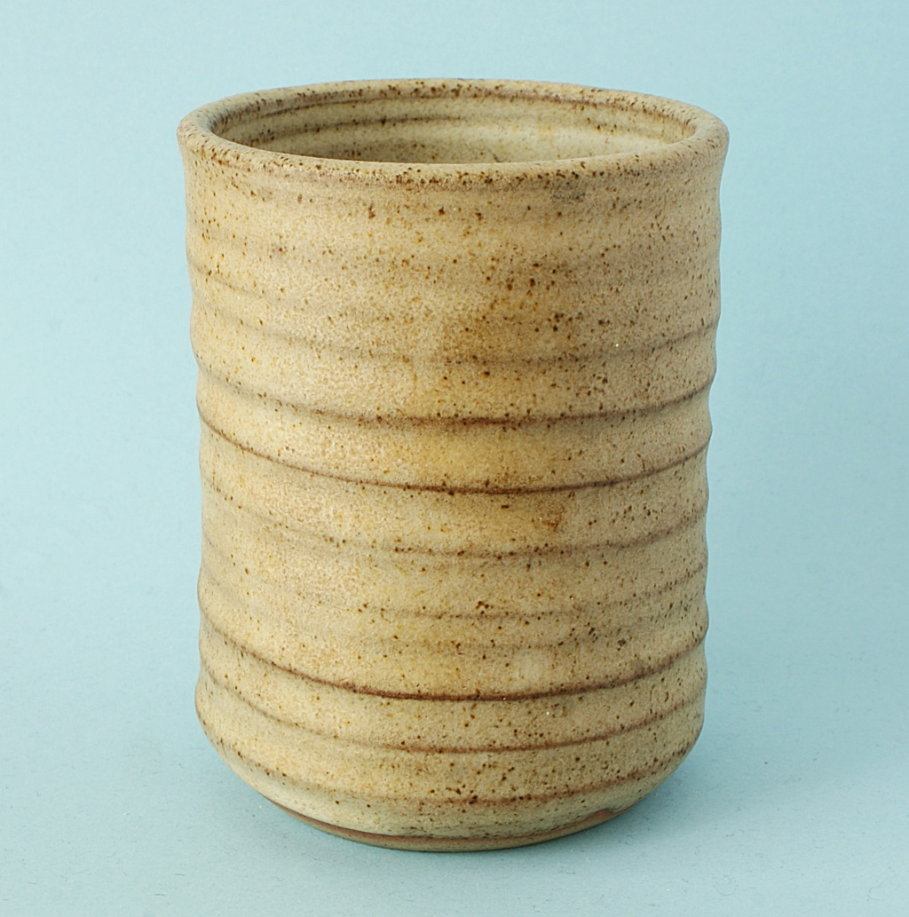 Studio Pottery Jam/Honey Pot Dsc04126