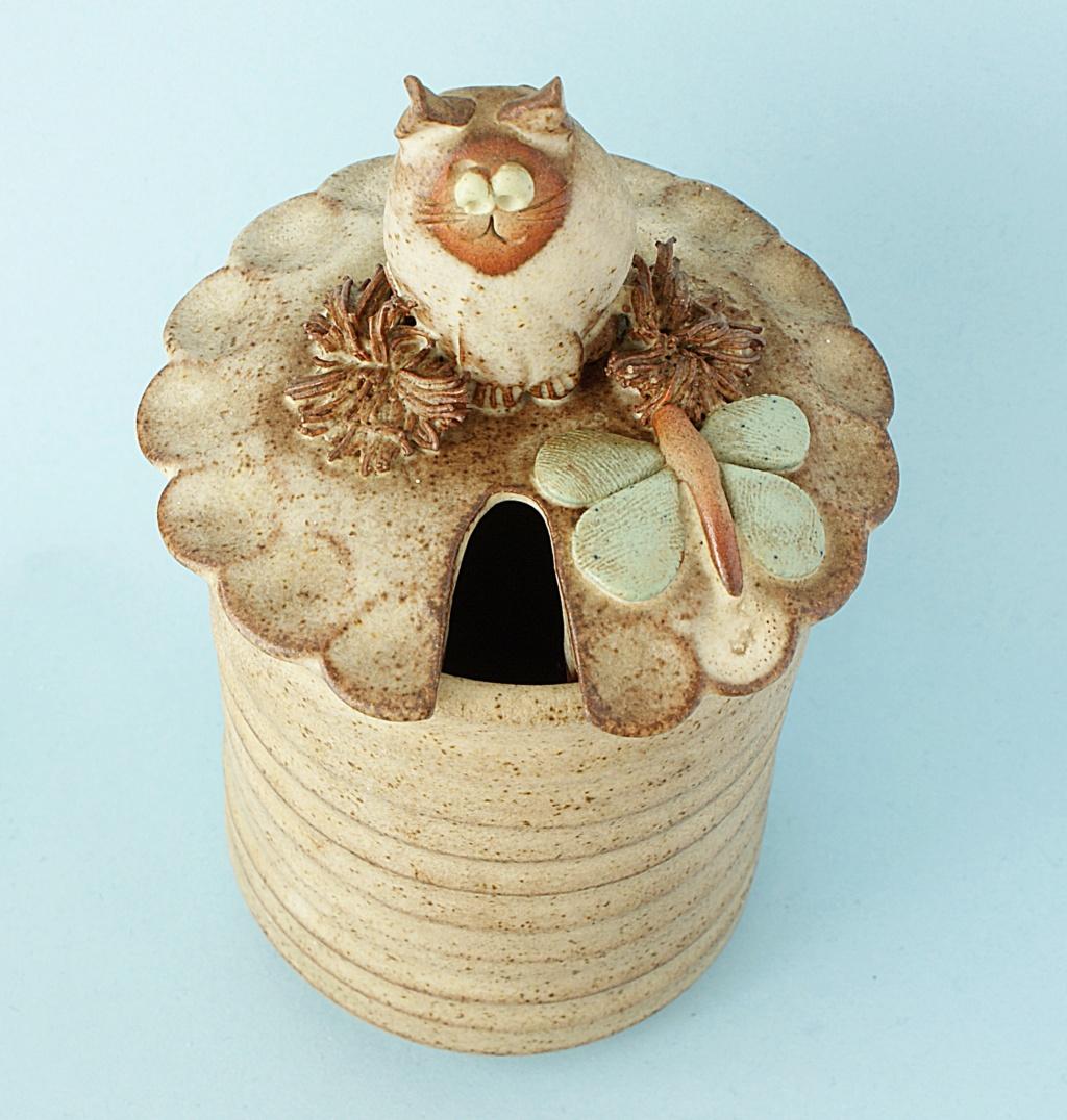 Studio Pottery Jam/Honey Pot Dsc04127