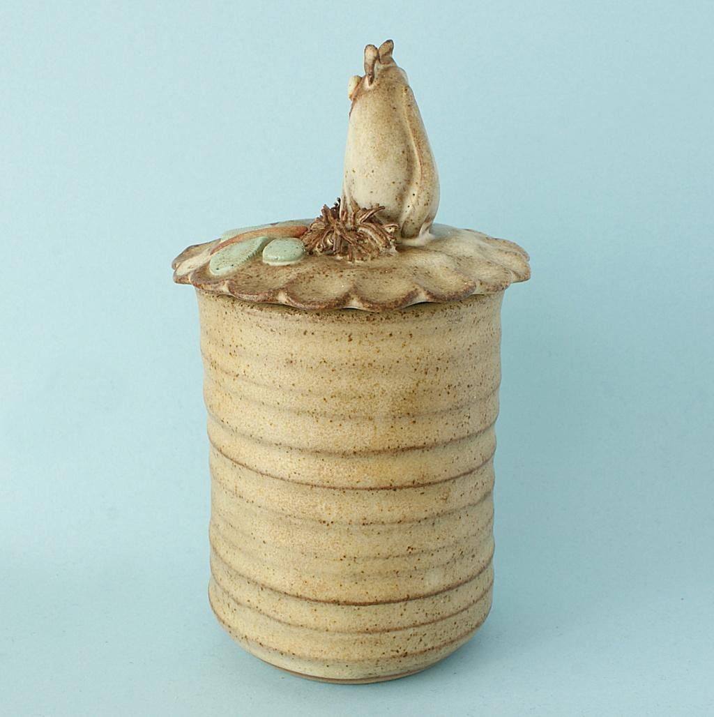 Studio Pottery Jam/Honey Pot Dsc04130