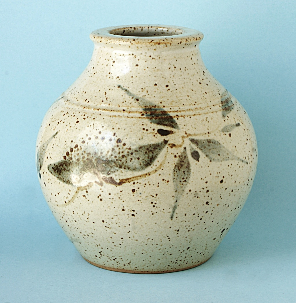Alan Gaff & Hugh Mactavish, Argyll Pottery Dsc04911